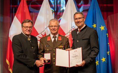 Verdienstmedaille des Landes Tirol für OBI Roland Egger 15.08.2021